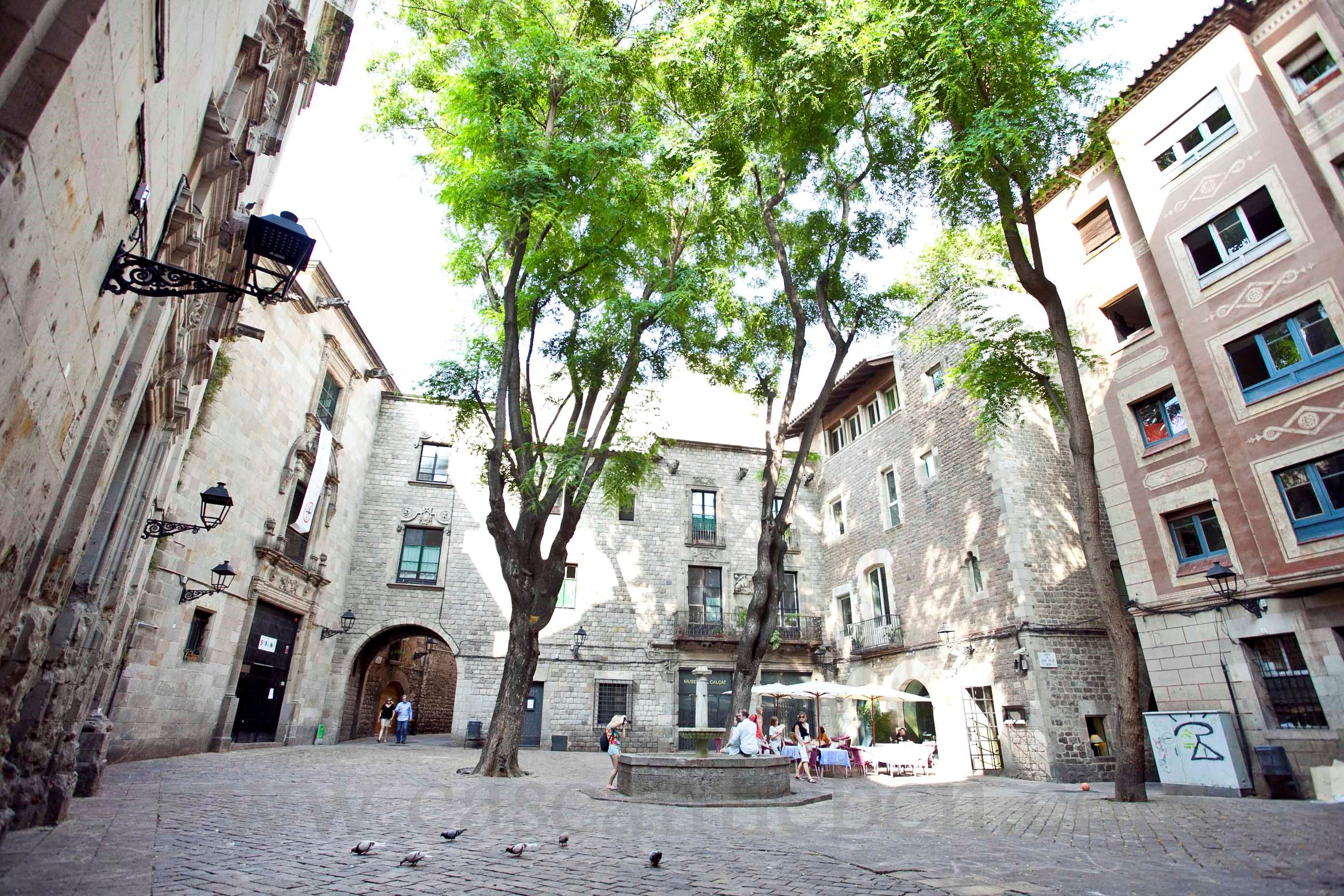 Alquilar un piso en el casco antiguo vivir en el coraz n - Casco antiguo de barcelona ...