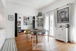 Magnificent, totally equipped and reformed flat for sale in Raval