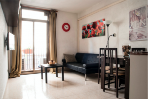 Two bedrooms apartment for sale in Barcelona center