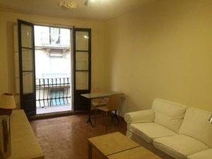 Bonito piso en alquiler en el Poble Sec