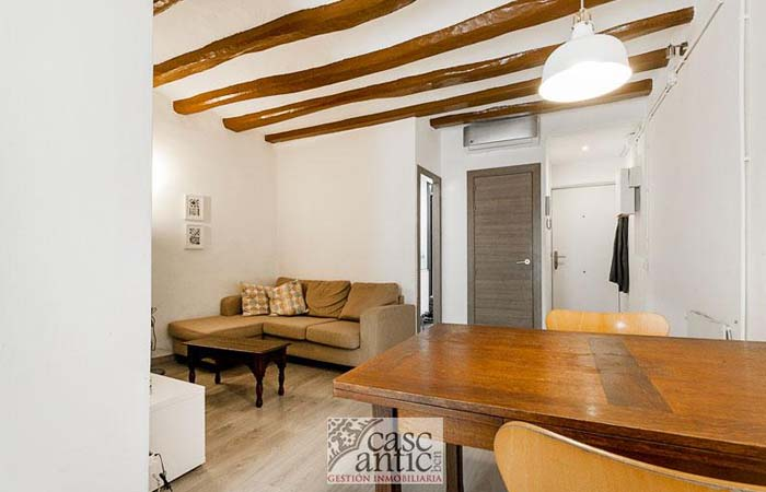 apartment for sale in El Raval (Barcelona)