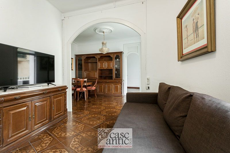 Flat 80m² Raval 2 bedrooms 3 balconies 2 bathrooms