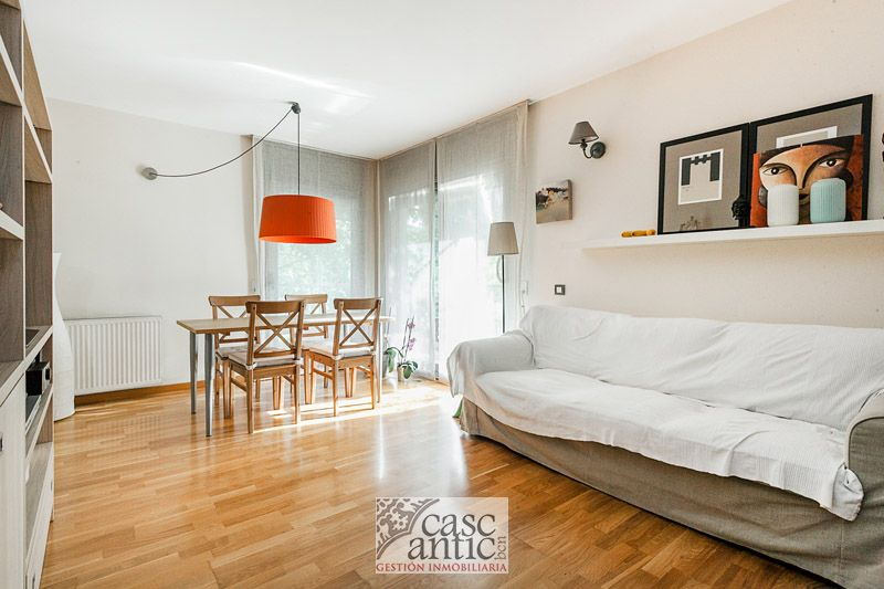 Great flat 2 room with 2 bathrooms S. Cugat