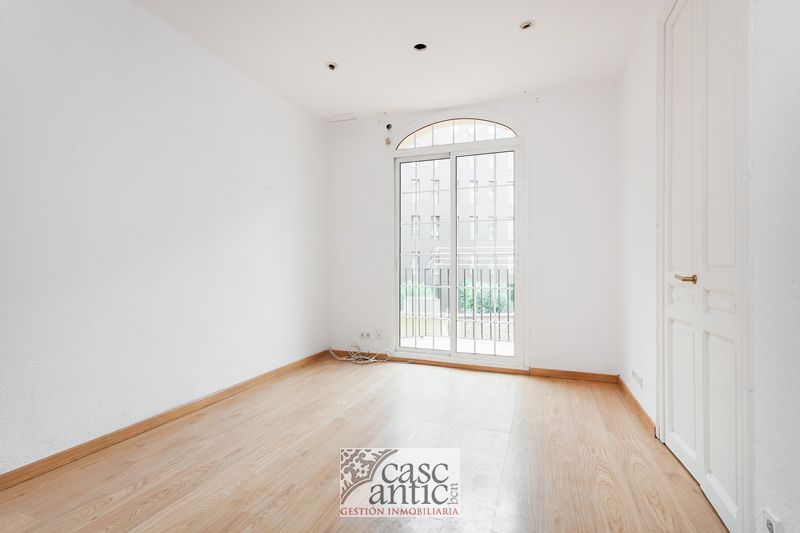 Very bright flat 3 Bedrooms Elevator Diagonal Av.