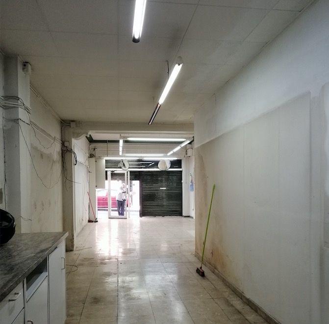 (Español) Local exterior a pie de calle de 125 metros