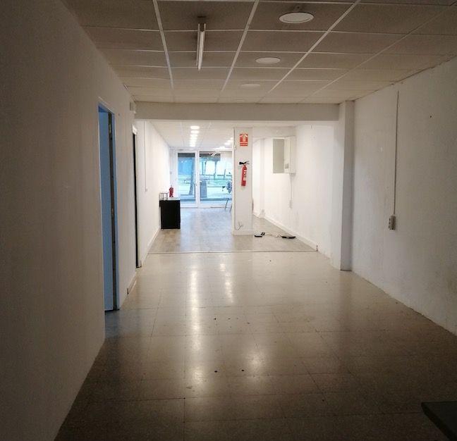 (Español) Local comercial en L'Hospitalet de Llobregat