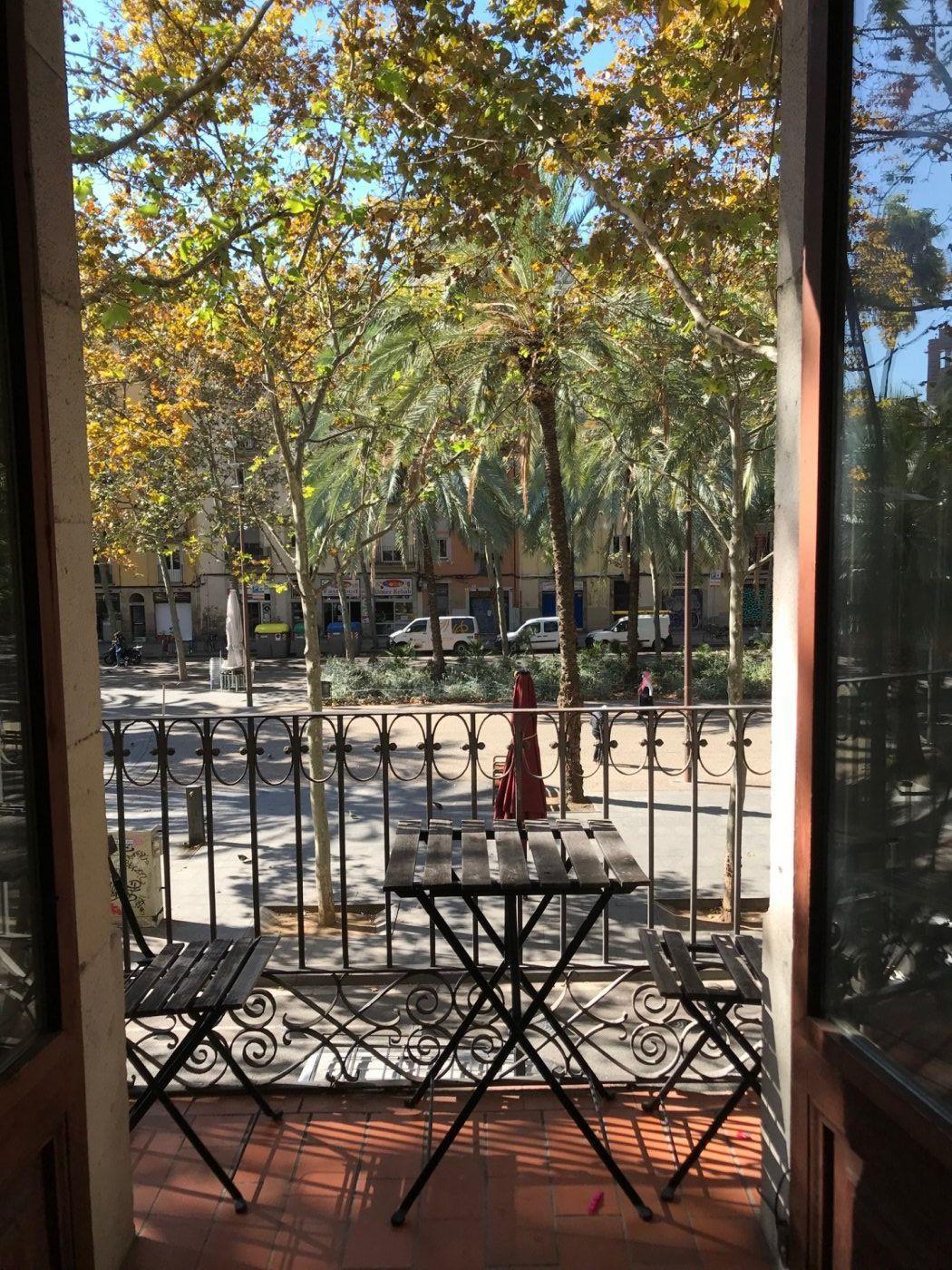 (Español) Fabuloso piso luminoso en Rambla Raval