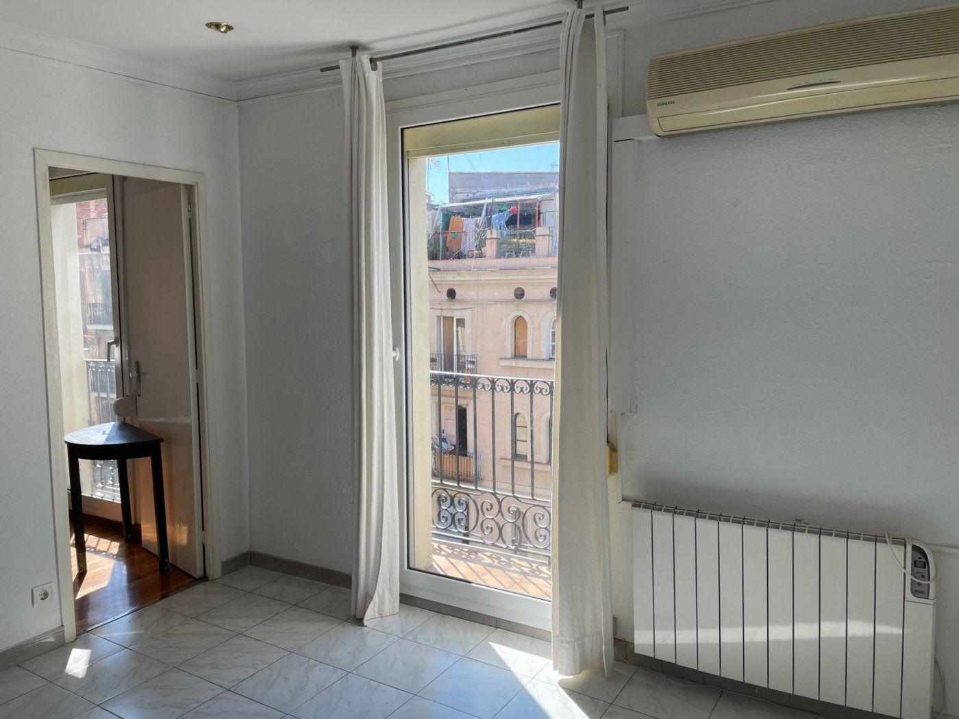 (Español) Luminoso piso en Paralel