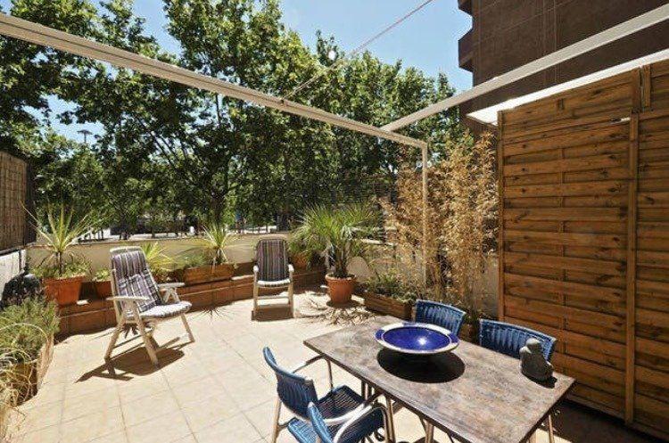 (Español) Piso de diseño con terraza